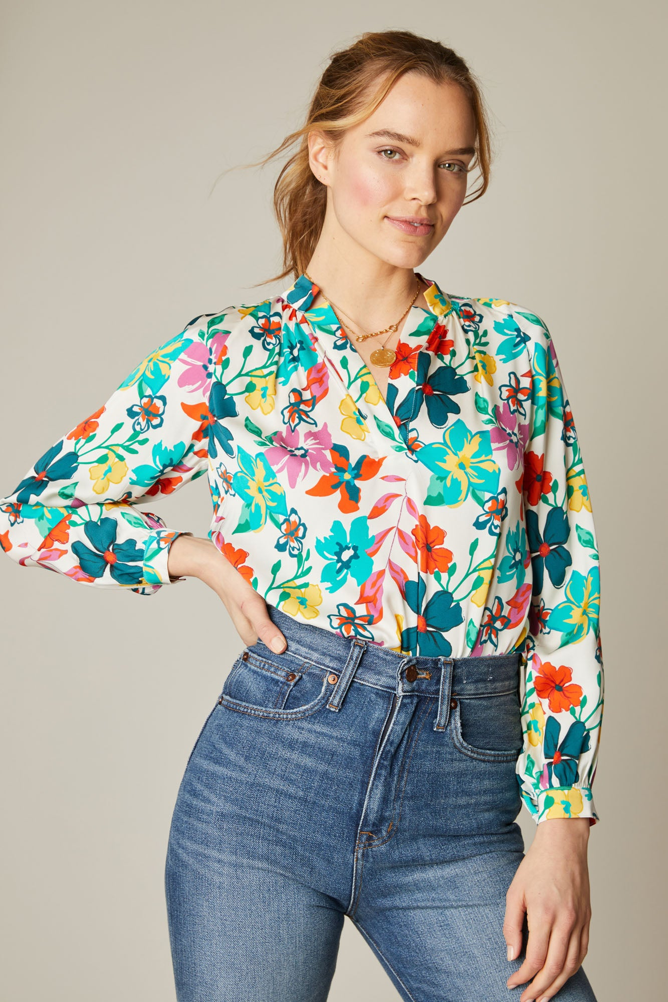The Long Sleeve Polo Blouse | White Casa Floral