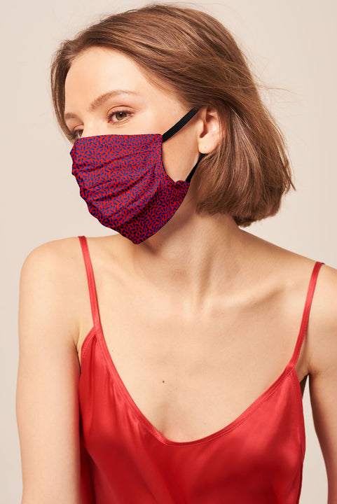 Pleated Face Mask | The Lady in Red Pack