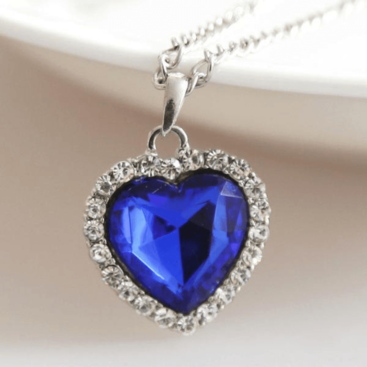 Free heart of the ocean crystal pendant necklace etify free heart of the ocean crystal pendant necklace aloadofball Image collections