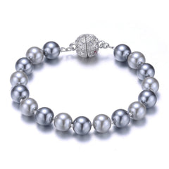 New Opera: Gray Pearl Bracelet With Magna Clasp