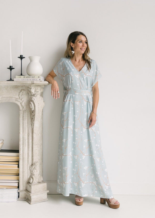 VERA DRESS LONG- BLUE BLOSSOMS