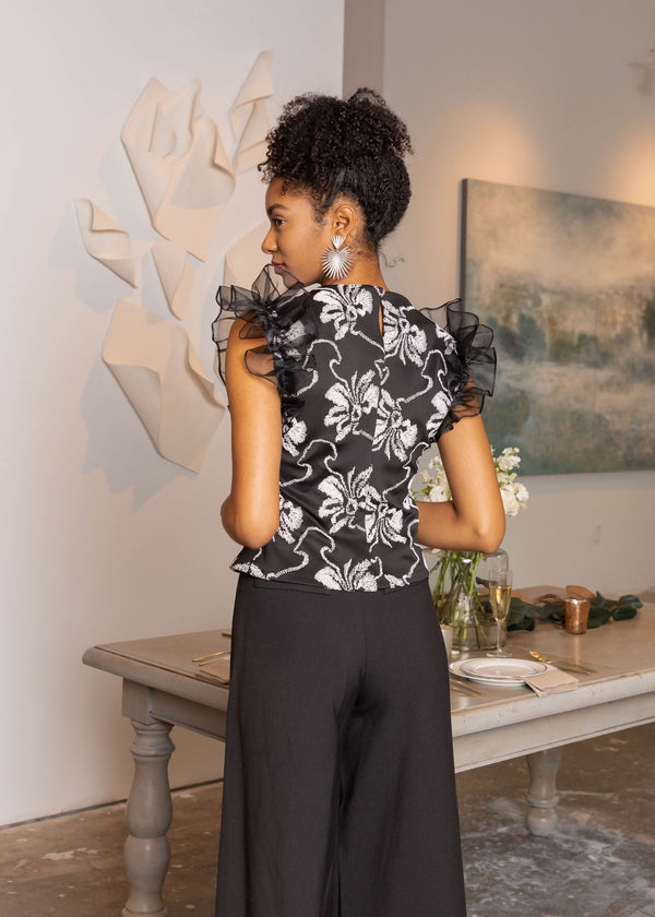 LILY RUFFLE-SLEEVED TOP BLACK FLORAL