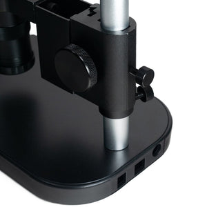Microscope stand with 0.12-1.8x lens
