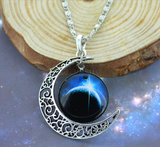 Gorgeous Moon Chain Necklace