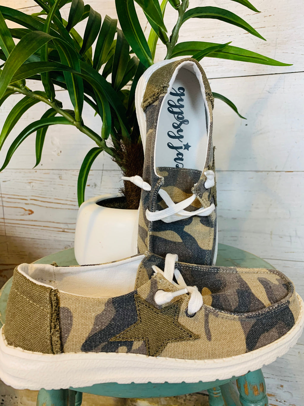 GJ Camo Star Shoe