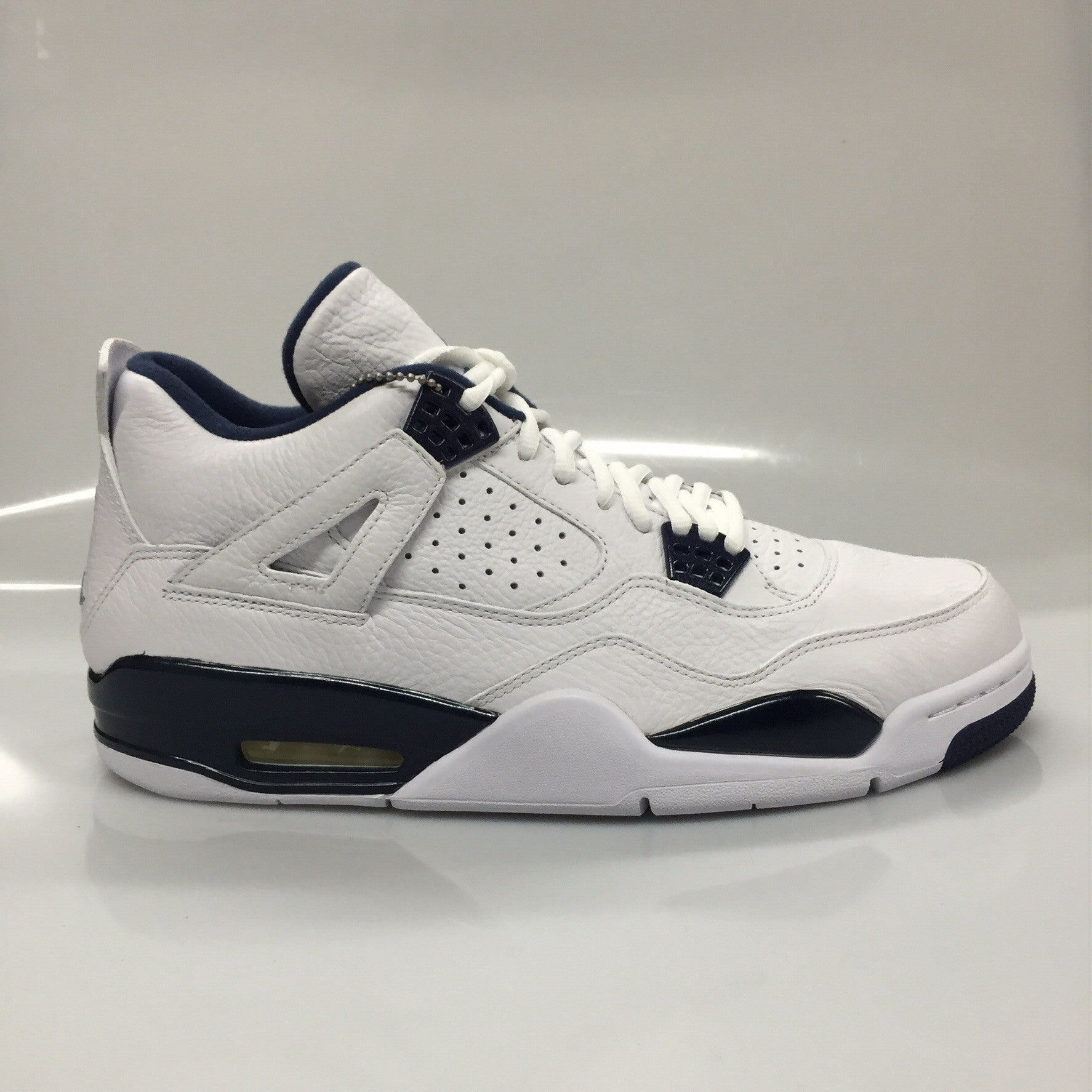 "Air Jordan 4 ""Columbia"" Size 10.5 DS"