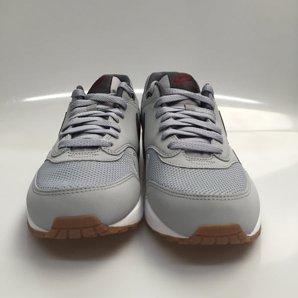 "Nike Air Max 1 ""Essential"" Size 10.5 DS"