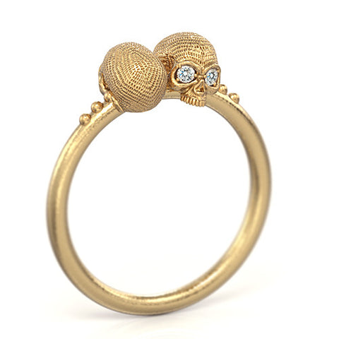 Mini Vogue Skull Ring 14k gold diamonds