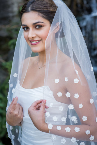 3D floral fingertip Wedding Veil by Zveil
