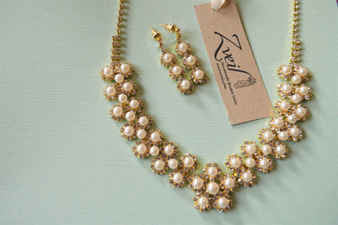 Baby's Breath Necklace and Earring Set