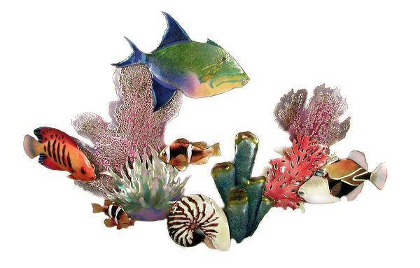 Queen Triggerfish, Flame Angelfish, Rectangular Triggerfish, Anemone Fish, Fire Coral, Tube Sponge, Anemone, Nautilus