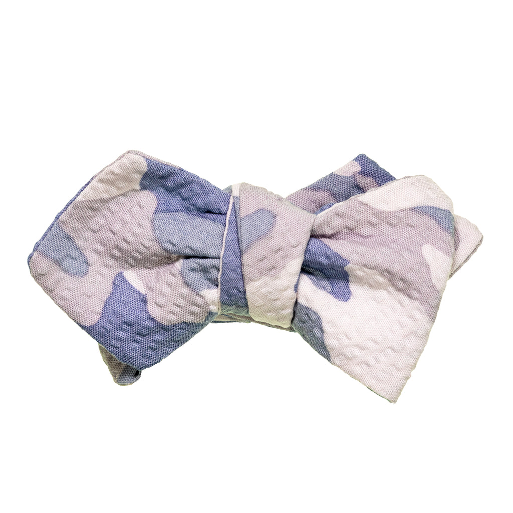 Light Gray Camo Seersucker Bow Tie