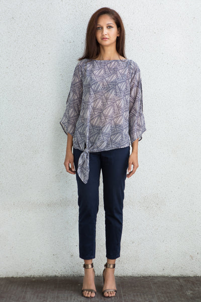 knotted - keyhole sleeve crepe top