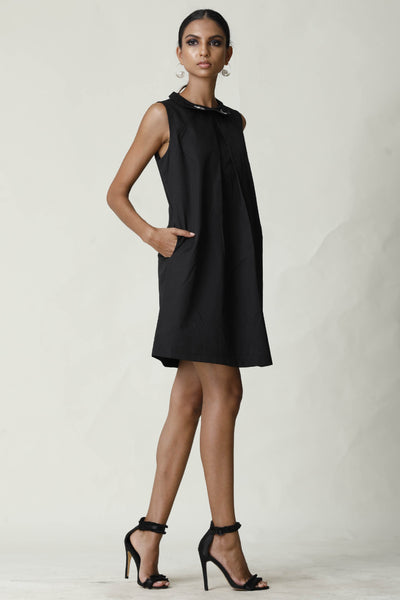 Embroided Collar Black Shift Dress