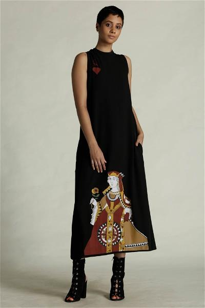 Queen Of Hearts Maxi Dress - Black