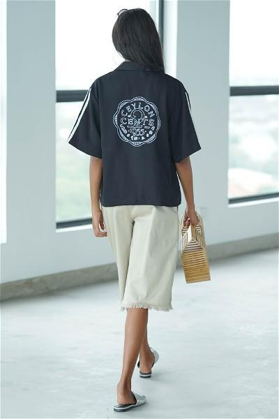 Coin Collector Resort Shirt (Black)