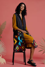 Load image into Gallery viewer, Nizhoni Printed long jacket