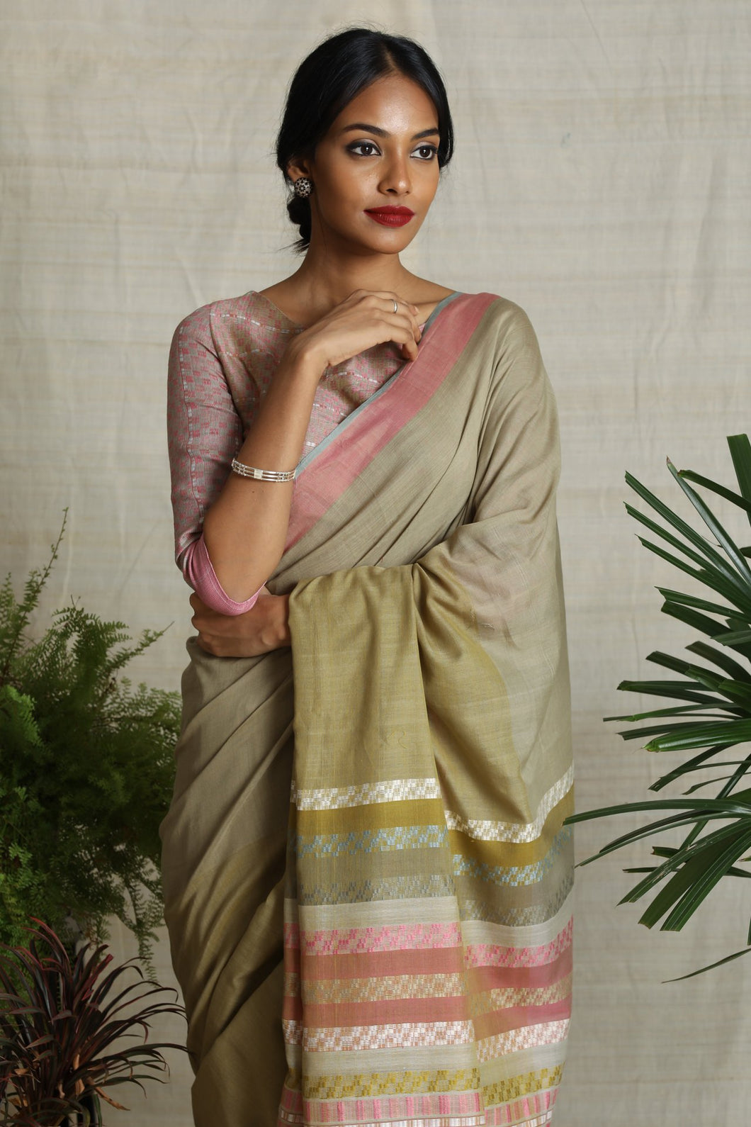 Urban Drape Morning Bloom Saree - Fashion Market.LK
