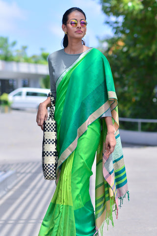 Green post box saree - Immediate Shipping - Order Now