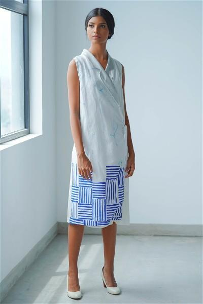 Ceylon Motif Batik Wrap Dress (White)