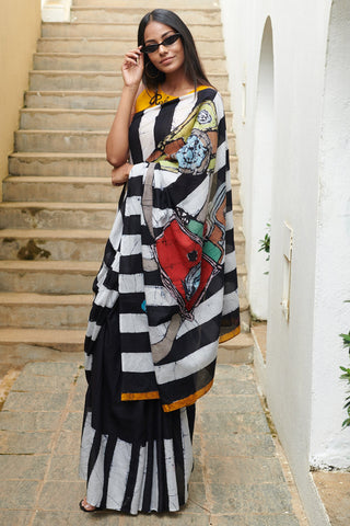 Urban Drape Camera Saree