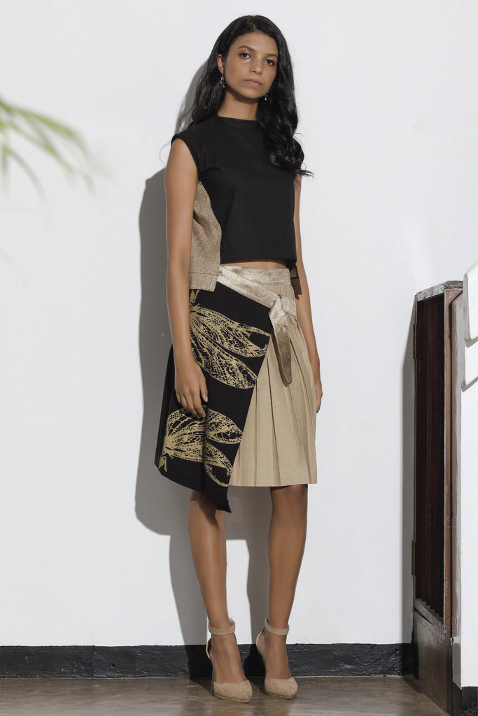 Dragonfly Printed Pleated Wrap Skirt - Black