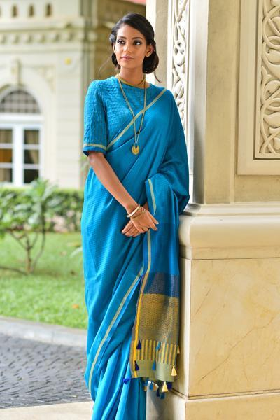 Urban Drape Neelma Saree - Fashion Market.LK
