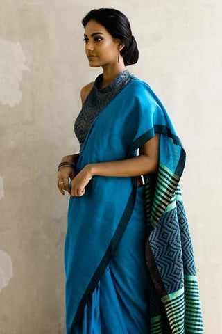 Urban Drape Sea Spray Punch Glam Handwoven Saree