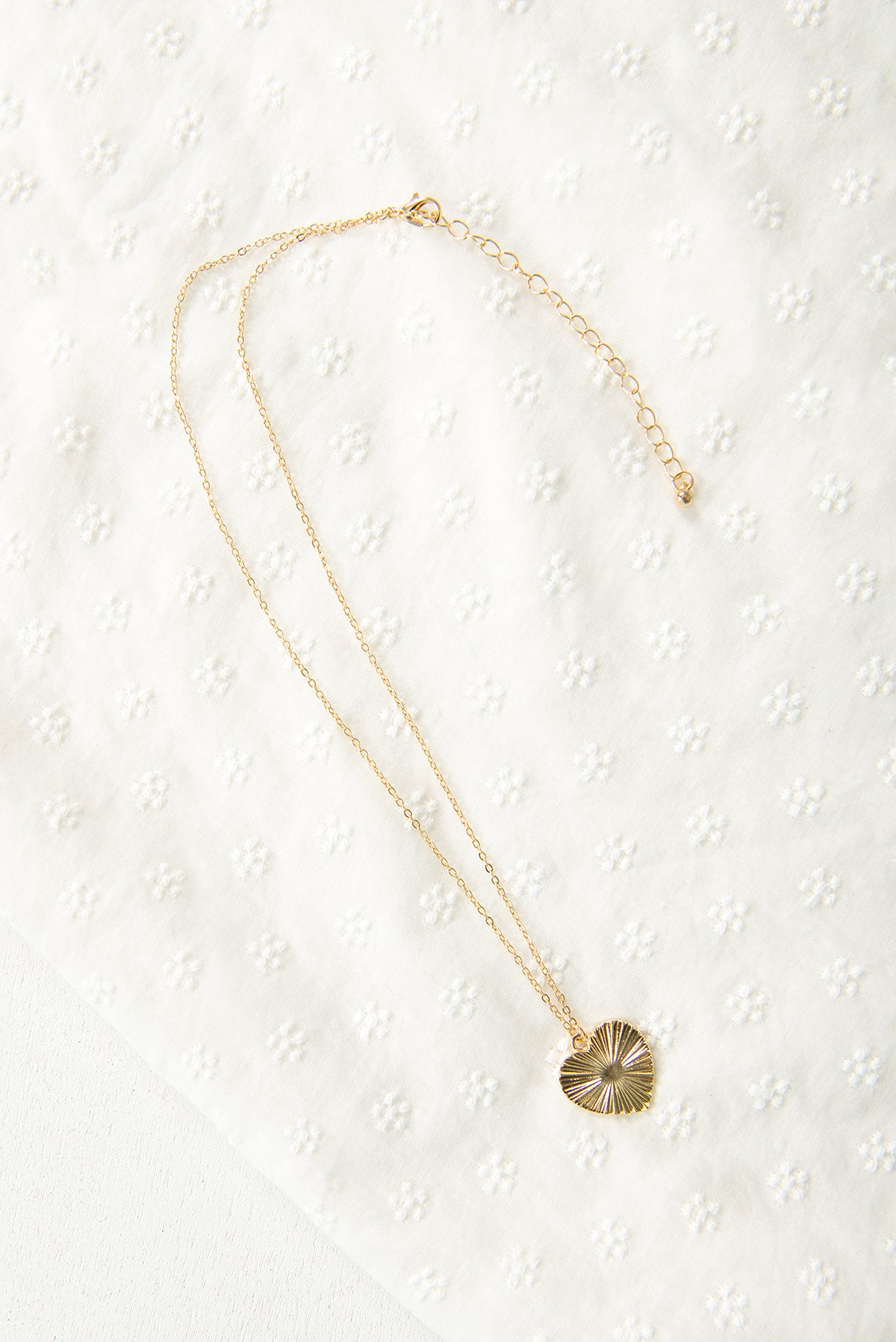 Anna Heart Necklace / Gold