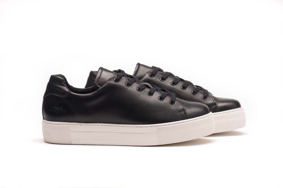maratown-cushioned-sneakers-black-white-unisex