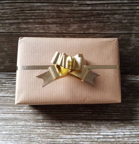 Small Metallic Textured Pull Bow Gold