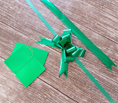 Shiny Green Gift Tags and Bows
