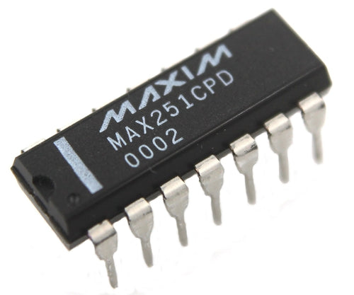 MAX251CPD Interface IC with RS232 Drivers