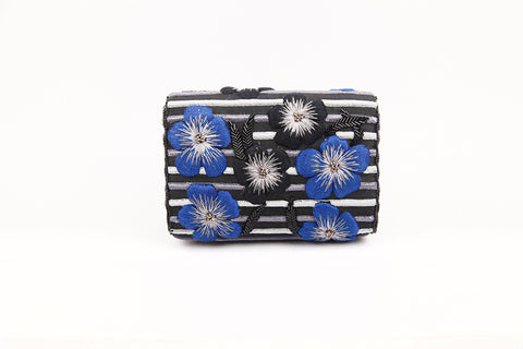 ZINNIA EMBROIDERED BAGUETTE BAG (BLACK/BLUE)