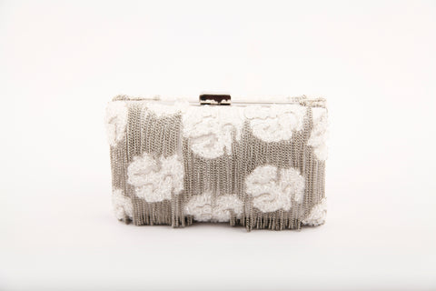 CHASCA FRINGED CLUTCH (SILVER)