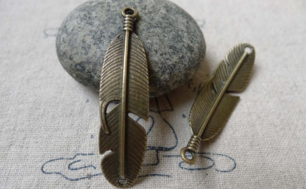 Accessories - 10 Pcs Antique Bronze Curved Feather Connector Bracelet Charms 11x45mm A6634