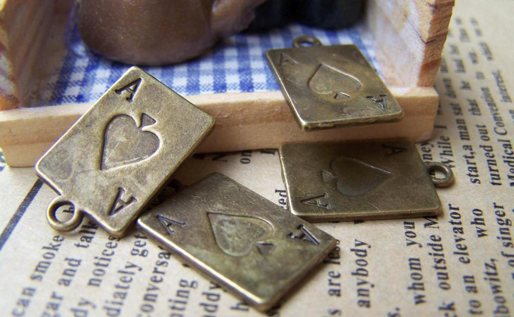People, Profession & Hobby - 10 pcs Antique Bronze Ace of Spade Poker Card Charms A492