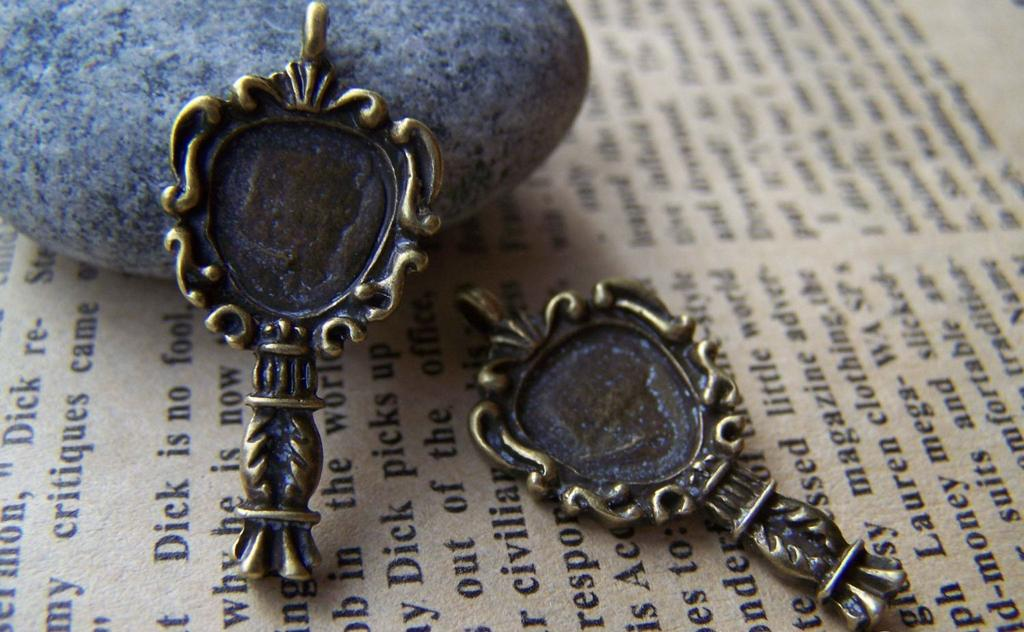 People's Accessories - 10 pcs Antique Bronze Ancient Chinese Mirror Charms Pendants A3170