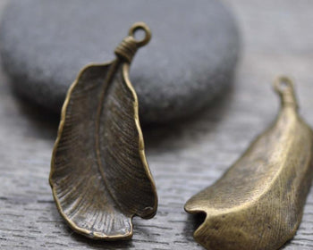 Accessories - 10 Pcs Of Antique Bronze Feather Charms 18x36mm A7781