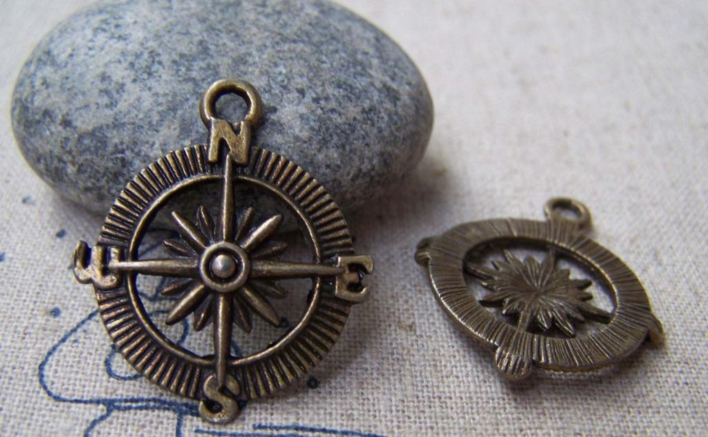 Accessories - 10 Pcs Of Antique Bronze Filigree Compass Charms Pendants 25mm A1278
