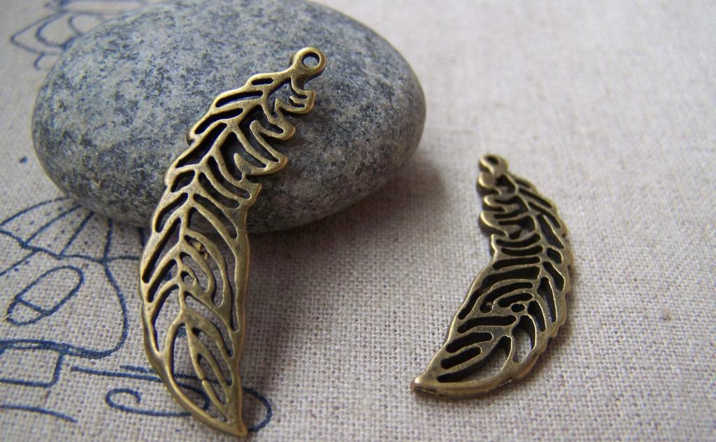 Accessories - 10 Pcs Of Antique Bronze Filigree Feather Charms Pendants 12x36mm A402