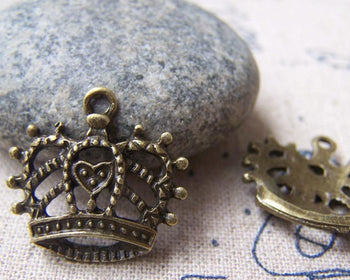 Accessories - 10 Pcs Of Antique Bronze Filigree Heart Crown Charms 20x20mm A773