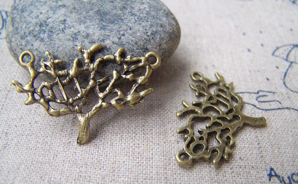 Accessories - 10 Pcs Of Antique Bronze Filigree Tree Connector Charms 20x30mm A1738