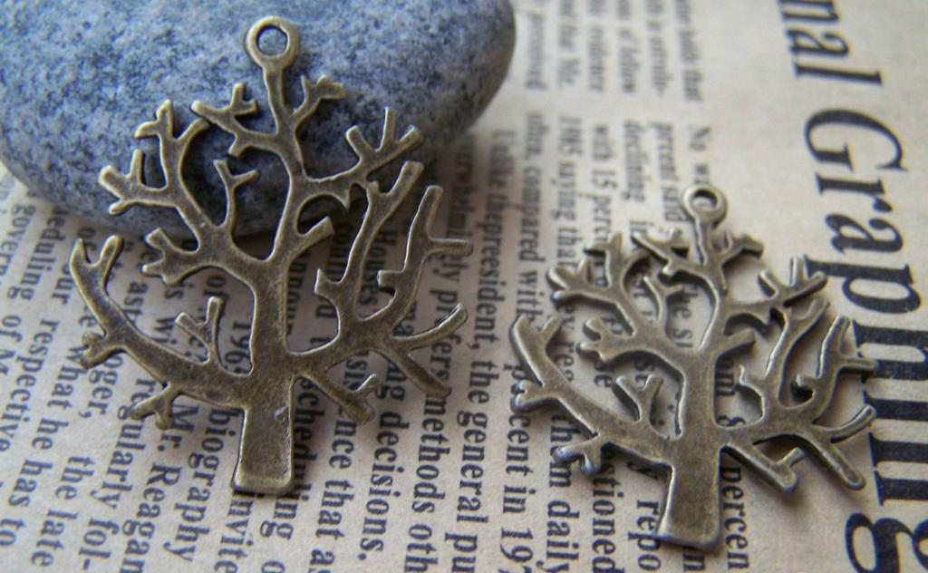 Accessories - 10 Pcs Of Antique Bronze Huge Tree Charms 26x28mm A451