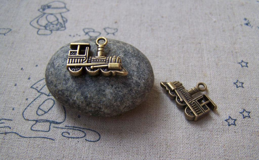 Accessories - 10 Pcs Of Antique Bronze Train Charms 14x22mm A5076