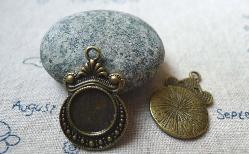 Accessories - 10 Pcs Of Antique Bronze Twisted Flower Round Base Settings Match 12mm Cabochon  A5517