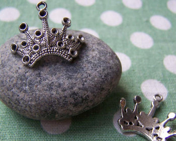 Accessories - 10 Pcs Of Antique Silver Crown Charms 14x24mm A3700
