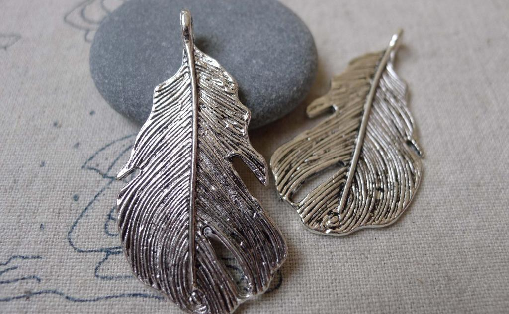 Accessories - 10 Pcs Of Antique Silver Feather Charms 25x49mm A7022