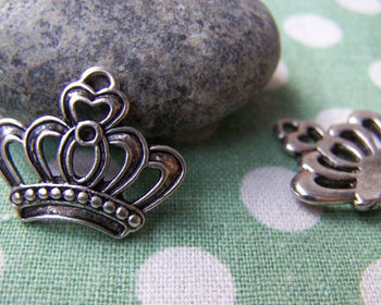 Accessories - 10 Pcs Of Antique Silver Filigree Crown Charms 18x22mm A763