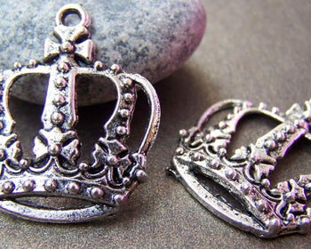 Accessories - 10 Pcs Of Antique Silver Filigree Crown Pendants Charms  29x33mm A761
